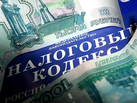 Материальное стимулирование налоговикам продлили на 2013 год