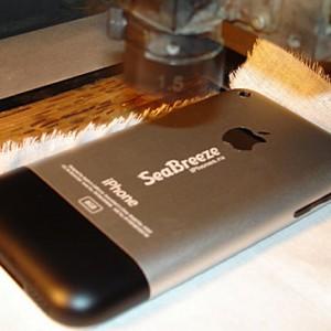 лазерная гравировка на сотовых телефонах