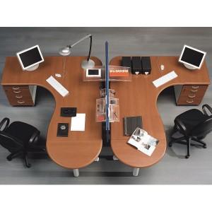 каждый стол нужно устанавливать на свое место