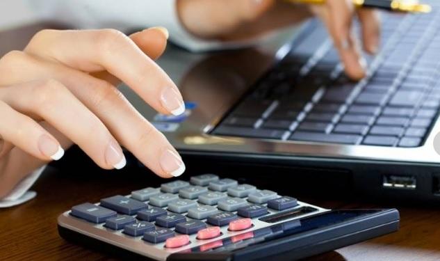 сроки сдачи налоговой отчетности. когда сдают ИП а когда организации