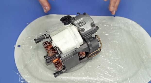 двигатель поршневого компрессора