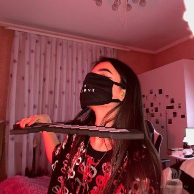 Tenderlybae: слив фото без маски