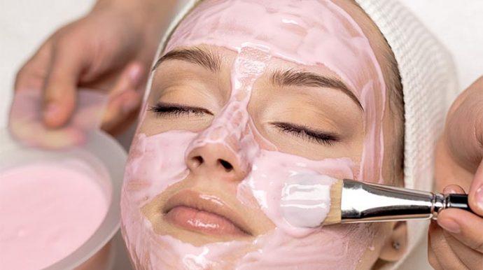 розовая глина для лица маска
