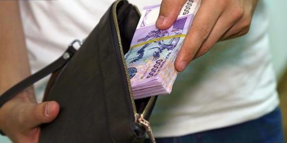каким бюджетникам пднимут зарплаты налоговики смс