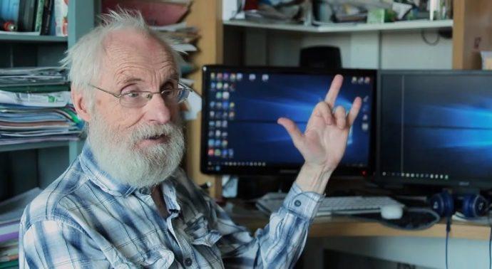 пенсионер программист