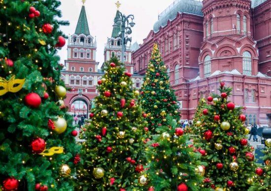 новогодние елки в Москве 2020