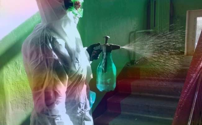 Кто и как должен проводить дезинфекцию в подъездах? Ответственность за несоблюдение санитарных норм в 2020 году